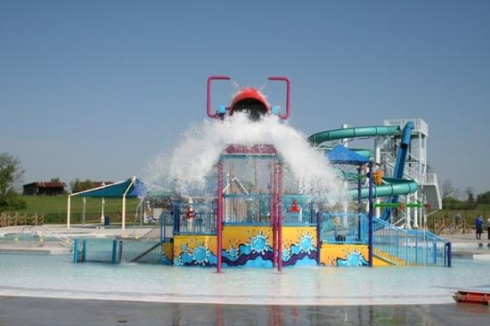paradise-cove-water-park